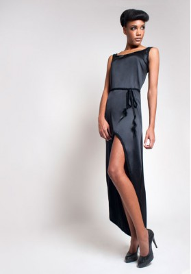 Elisa Malec Elegant Silk Dress With Knitted Feather Belt